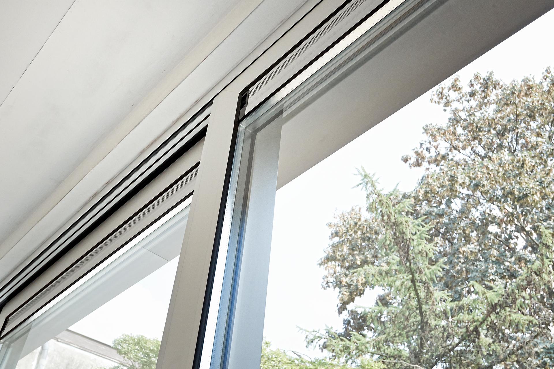 Rieser-Fenster Schiebetuer Alu
